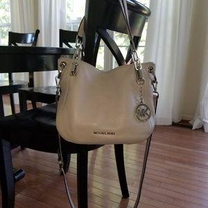 100% Authentic Michael Kors Handbag/Crossbody